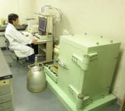 高純度ゲルマニウム半導体検出器付きガンマ線スペクトロメータ